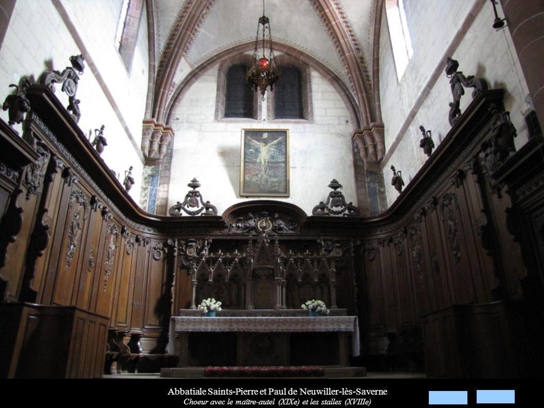 Abbatiale Saints-Pierre et Paul de Neuwiller-lès-Saverne Maître-autel (XIXe) néo-gothique: Reliefs « Sacre de St-Adelphe et transfert de ses reliques »