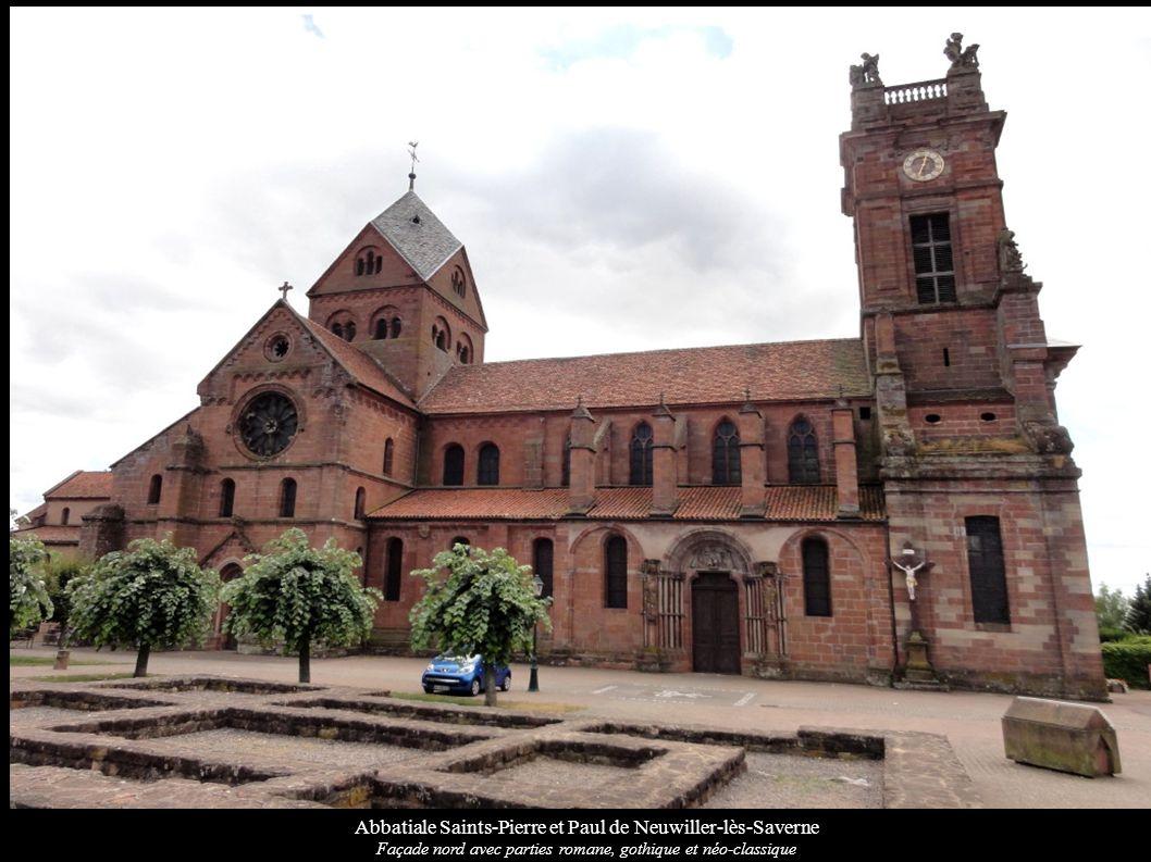Abbatiale Saints-Pierre et Paul de Neuwiller-lès-Saverne Façade nord avec parties romane, gothique et néo-classique