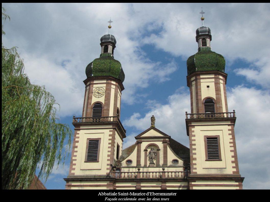 Abbatiale Saint-Maurice d Ebersmunster Vue de la nef vers le chœur baroque