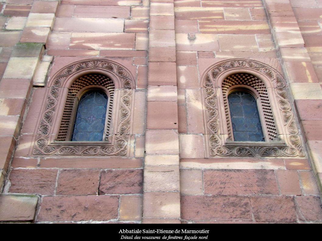 Abbatiale Saint-Etienne de Marmoutier Détail des voussures de fenêtres façade nord