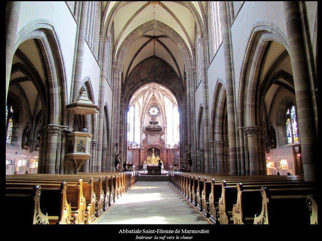 Abbatiale Saint-Etienne de Marmoutier Intérieur la nef vers le chœur