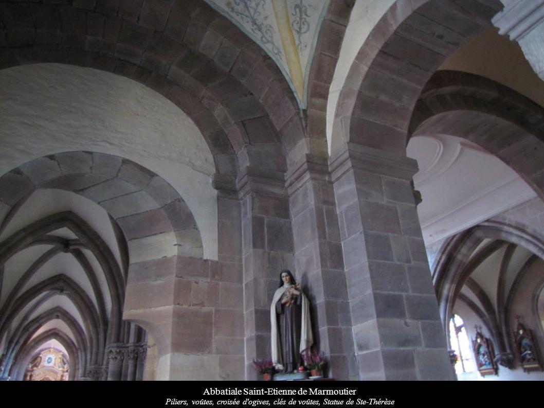 Abbatiale Saint-Etienne de Marmoutier Piliers, voûtes, croisée d'ogives, clés de voûtes, Statue de Ste-Thérèse