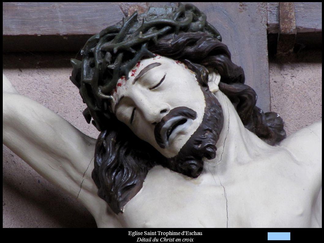 Eglise Saint Trophime d'Eschau Détail du Christ en croix