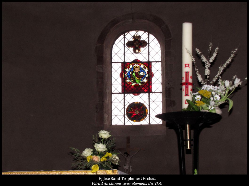 Eglise Saint Trophime d'Eschau Vitrail du choeur avec éléments du XIVe