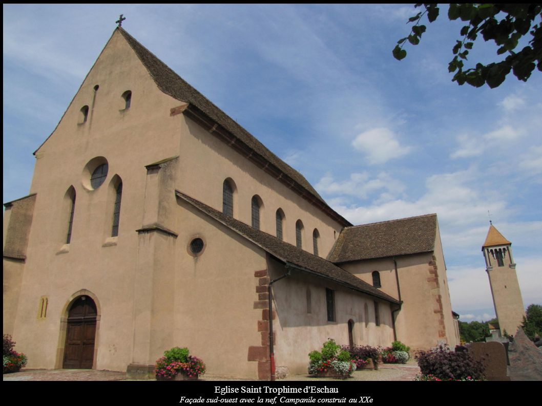 Eglise Saint Trophime d'Eschau Façade sud-ouest avec la nef, Campanile construit au XXe