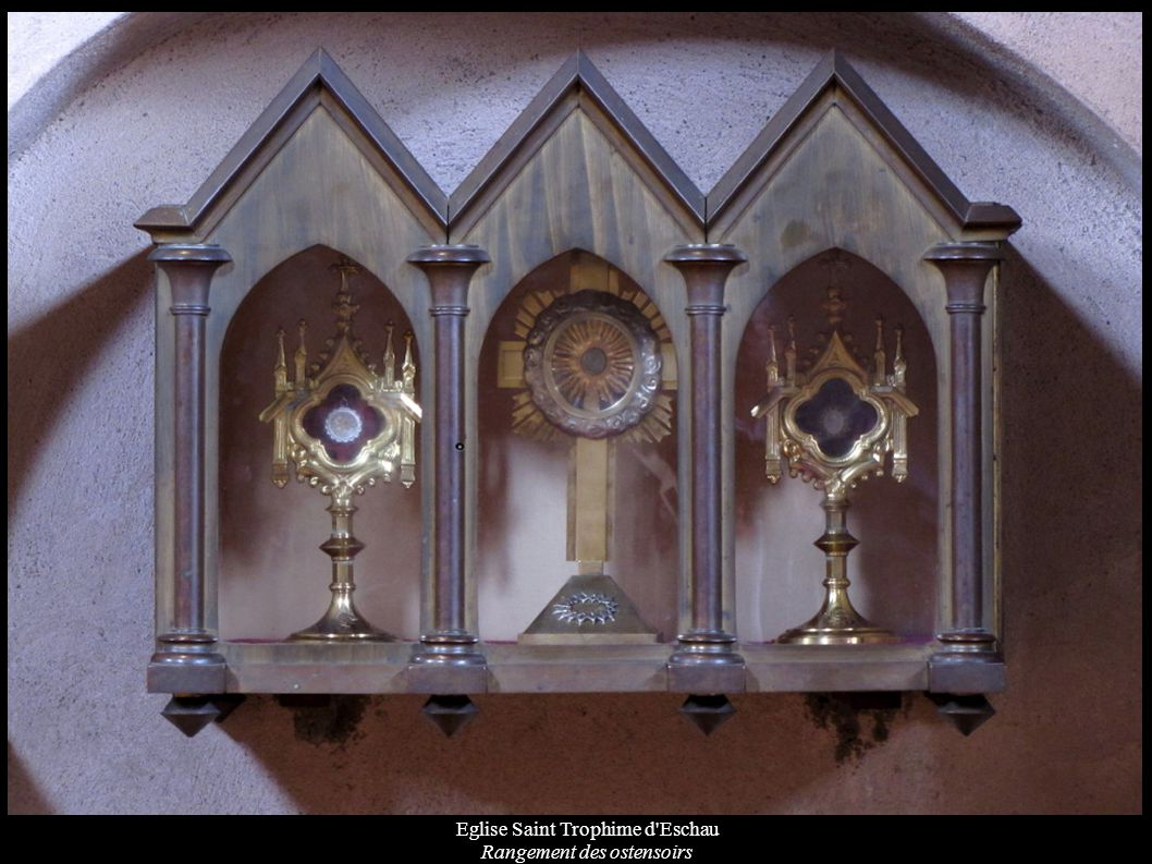 Eglise Saint Trophime d'Eschau Rangement des ostensoirs