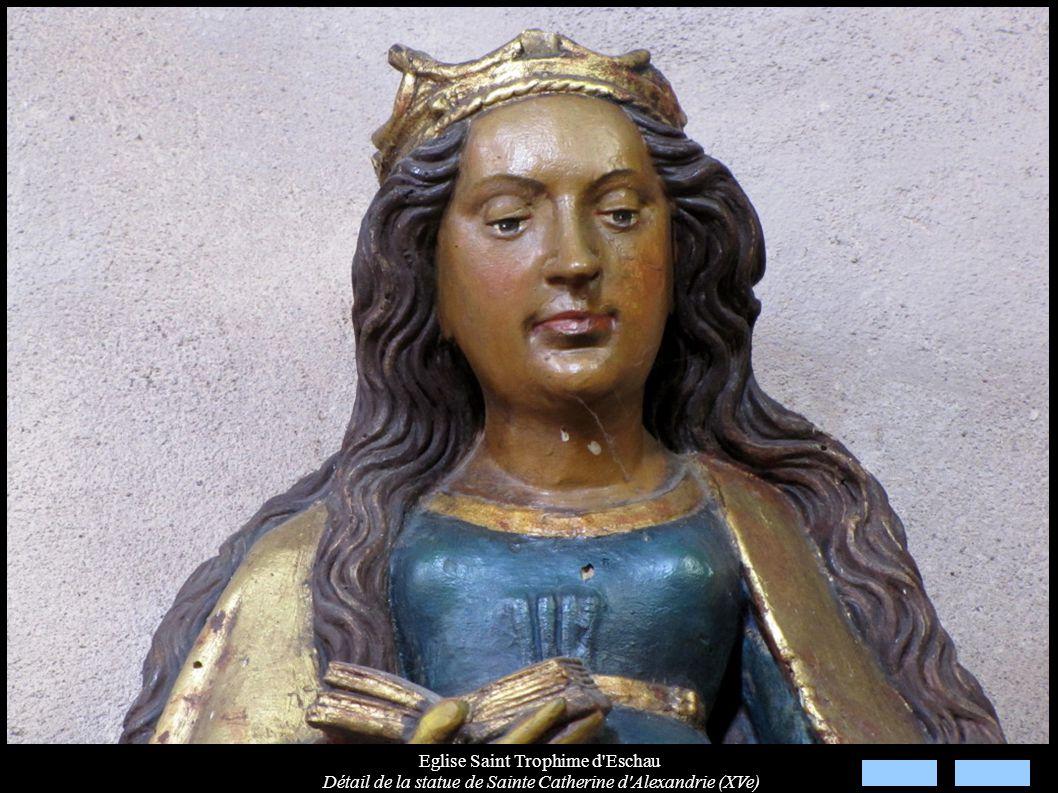 Eglise Saint Trophime d'Eschau Détail de la statue de Sainte Catherine d'Alexandrie (XVe)
