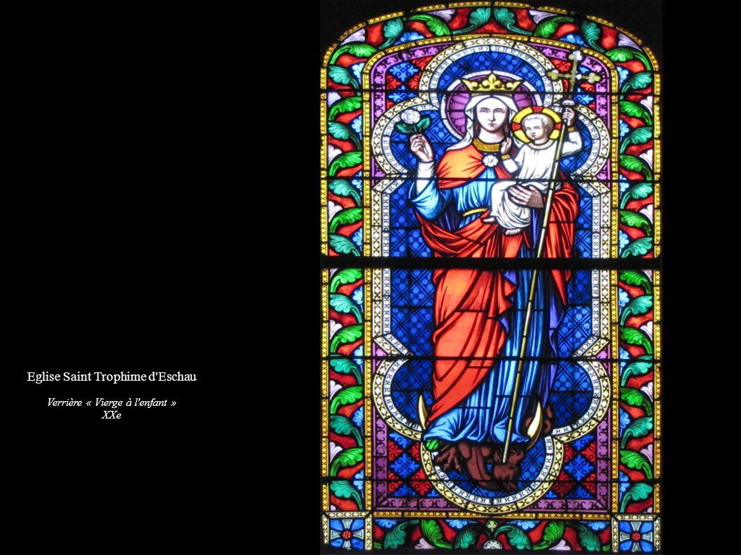 Eglise Saint Trophime d'Eschau Verrière « Vierge à l'enfant » XXe
