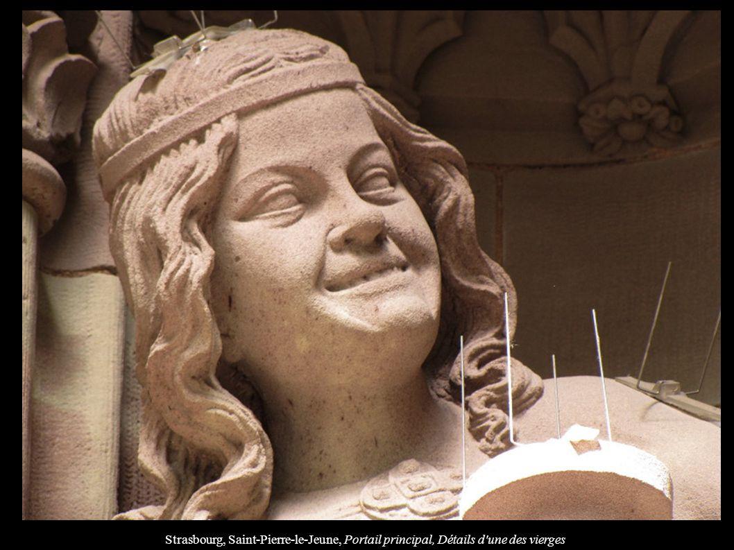 Strasbourg, Saint-Pierre-le-Jeune, Portail principal, Détails d'une des vierges
