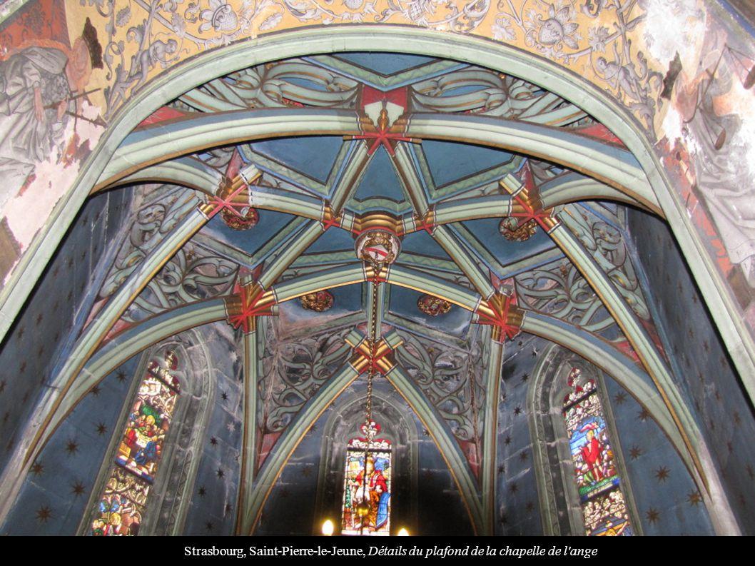Strasbourg, Saint-Pierre-le-Jeune, Détails du plafond de la chapelle de l'ange