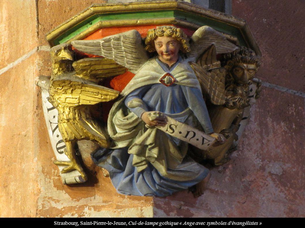 Strasbourg, Saint-Pierre-le-Jeune, Cul-de-lampe gothique « Ange avec symboles d'évangélistes »