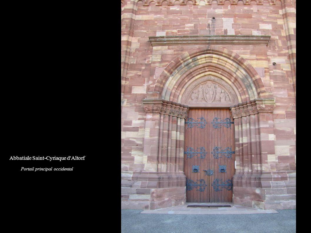 Abbatiale Saint-Cyriaque d Altorf Tympan du portail principal « Christ glorieux » (1886)
