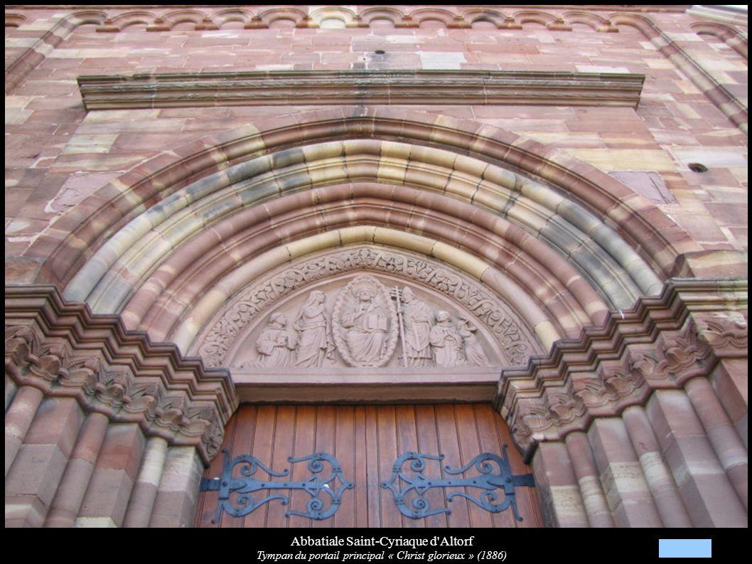 Abbatiale Saint-Cyriaque d Altorf Vue de la nef avec les fresques, vers les orgues