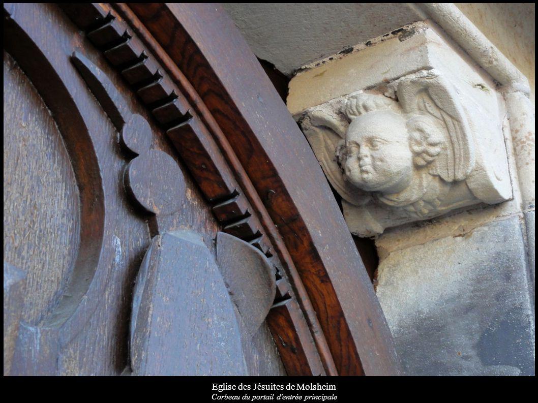 Eglise des Jésuites de Molsheim Corbeau du portail d'entrée principale