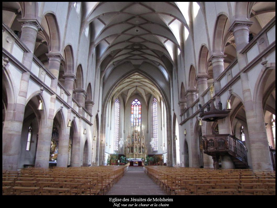 Eglise des Jésuites de Molsheim Nef, vue sur le chœur et la chaire