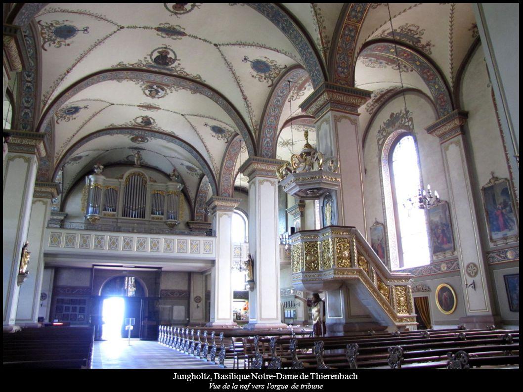 Jungholtz, Basilique Notre-Dame de Thierenbach Vue de la nef vers l'orgue de tribune