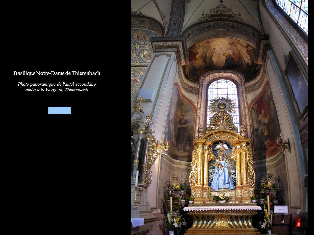 Basilique Notre-Dame de Thierenbach Photo panoramique de l'autel secondaire dédié à la Vierge de Thierenbach
