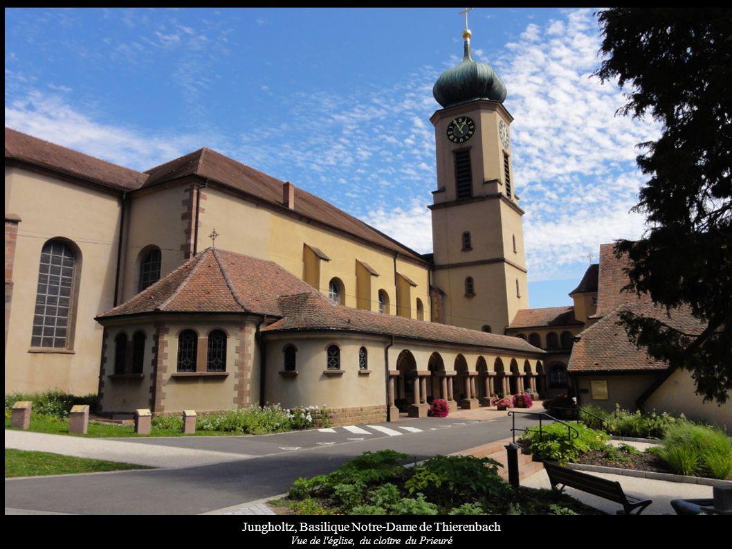 Jungholtz, Basilique Notre-Dame de Thierenbach Vue de l église, du prieuré et du parvis, Christ en croix (1906)