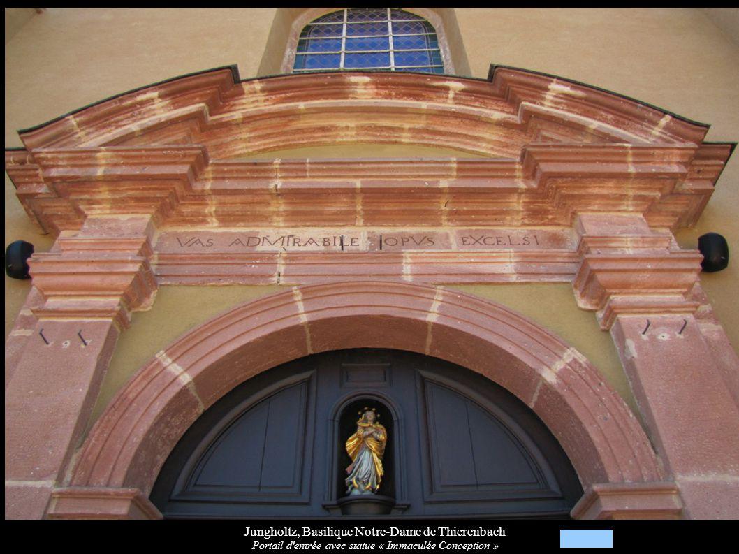 Jungholtz, Basilique Notre-Dame de Thierenbach Portail d'entrée avec statue « Immaculée Conception »