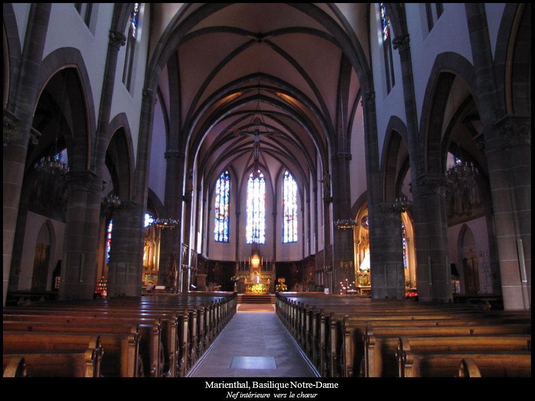 Marienthal, Basilique Notre-Dame Nef intérieure vers le chœur