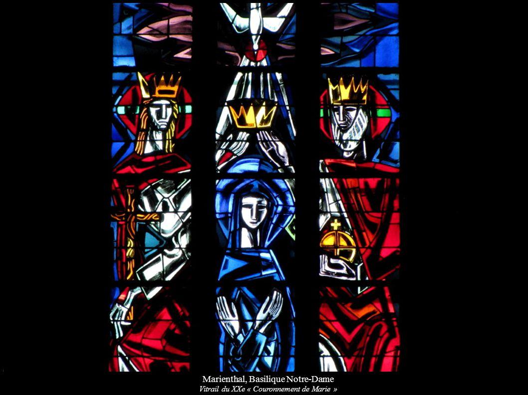 Marienthal, Basilique Notre-Dame Vitrail du XXe « Couronnement de Marie »