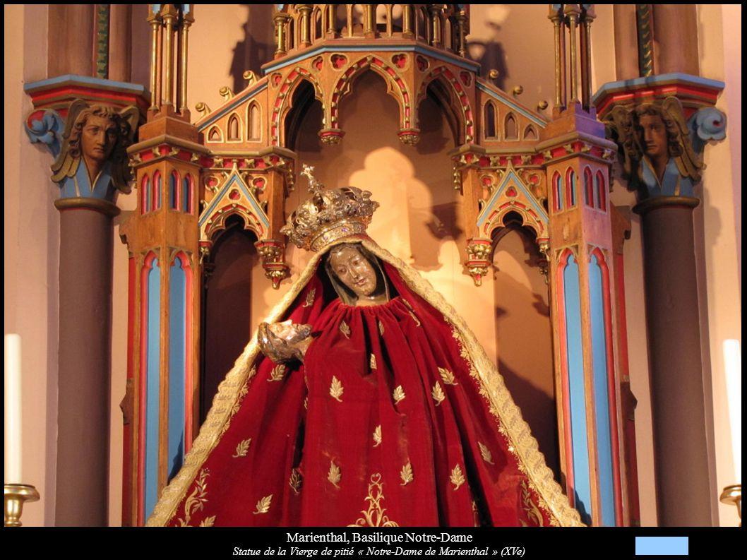 Marienthal, Basilique Notre-Dame Statue de la Vierge de pitié « Notre-Dame de Marienthal » (XVe)