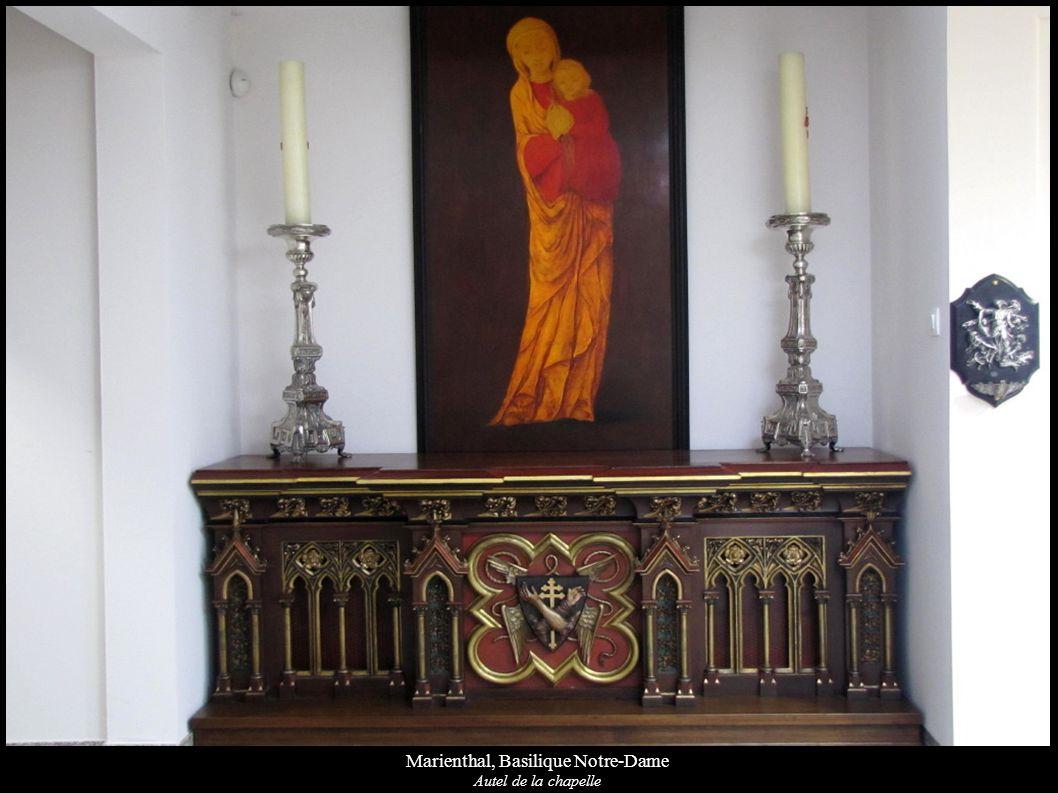 Marienthal, Basilique Notre-Dame Autel de la chapelle