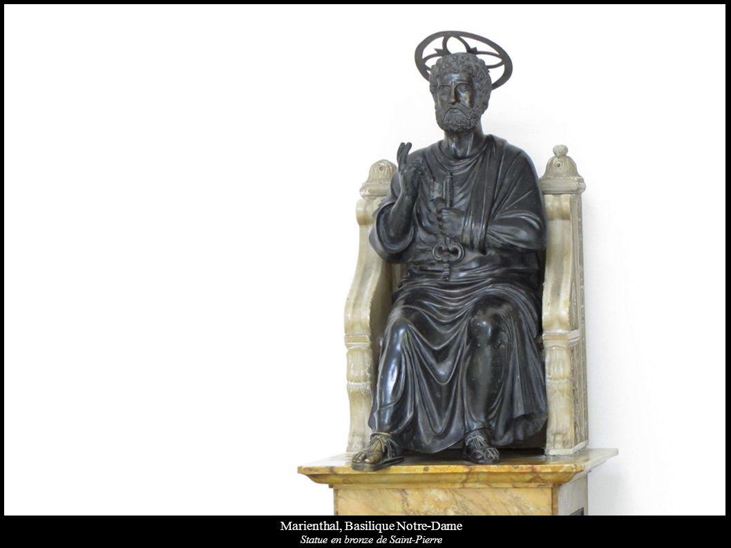 Marienthal, Basilique Notre-Dame Statue en bronze de Saint-Pierre