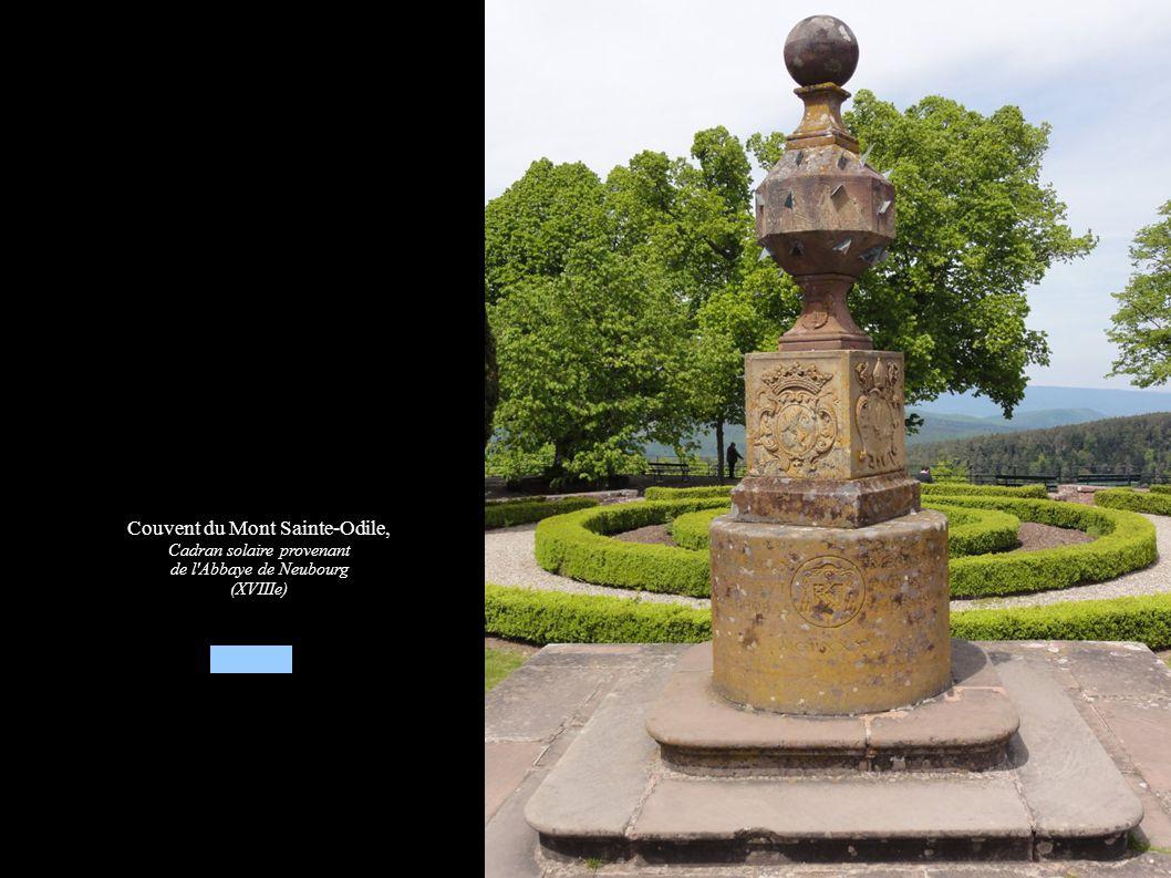 Couvent du Mont Sainte-Odile, Cadran solaire provenant de l Abbaye de Neubourg (XVIIIe)