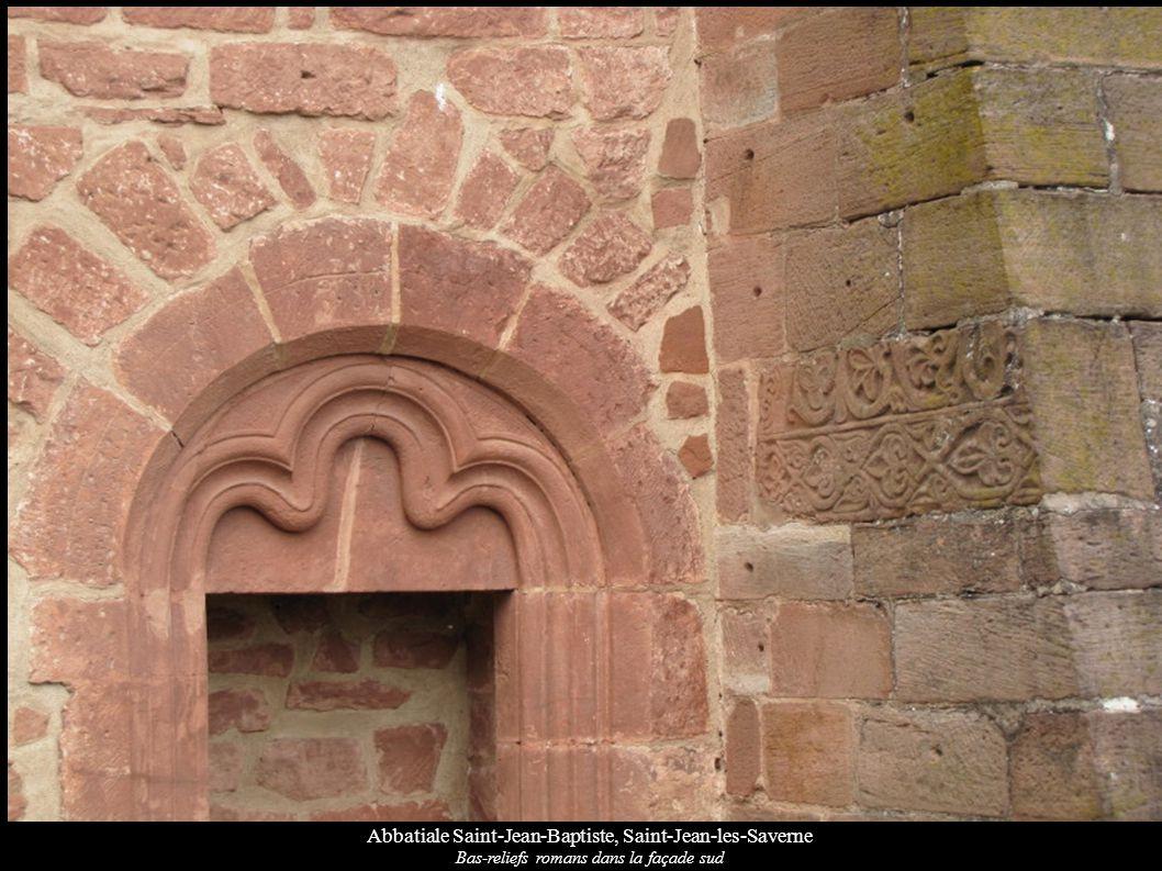 Abbatiale Saint-Jean-Baptiste, Saint-Jean-les-Saverne Bas-reliefs romans dans la façade sud