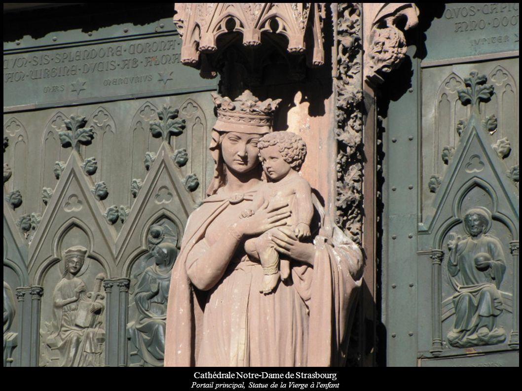 Cathédrale Notre-Dame de Strasbourg Portail principal, Statue de la Vierge à l'enfant