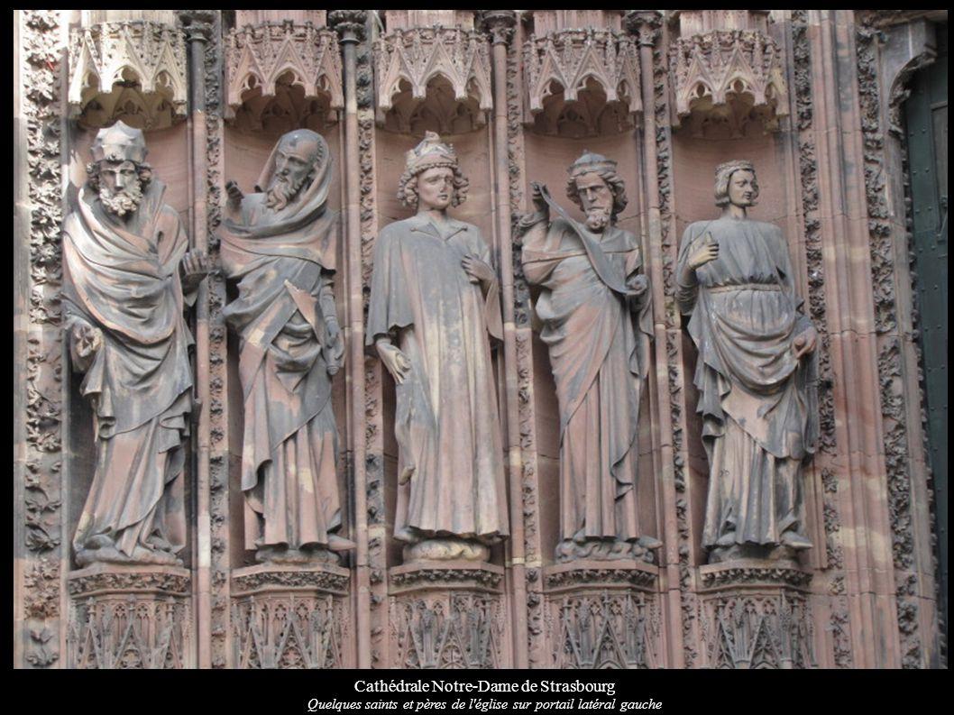 Cathédrale Notre-Dame de Strasbourg Quelques saints et pères de l'église sur portail latéral gauche