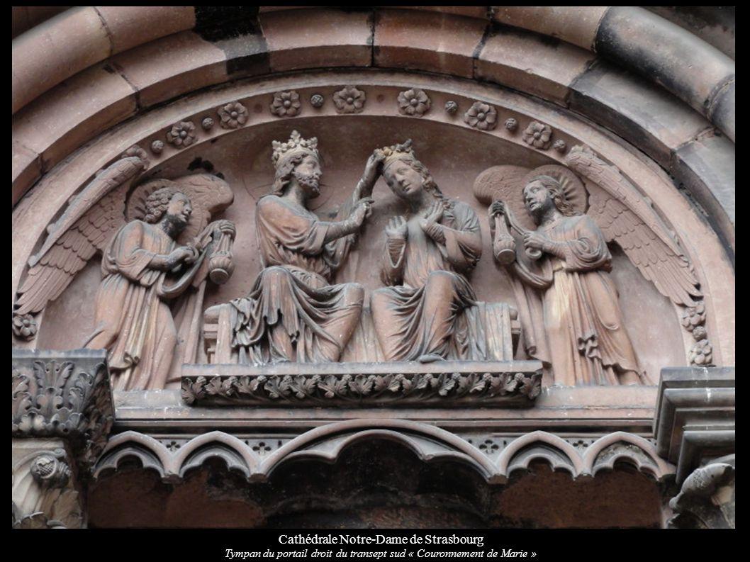 Cathédrale Notre-Dame de Strasbourg Tympan du portail droit du transept sud « Couronnement de Marie »