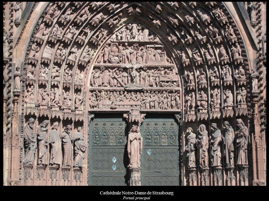 Cathédrale Notre-Dame de Strasbourg Linteau du portail gauche du transept sud « L arche sainte »