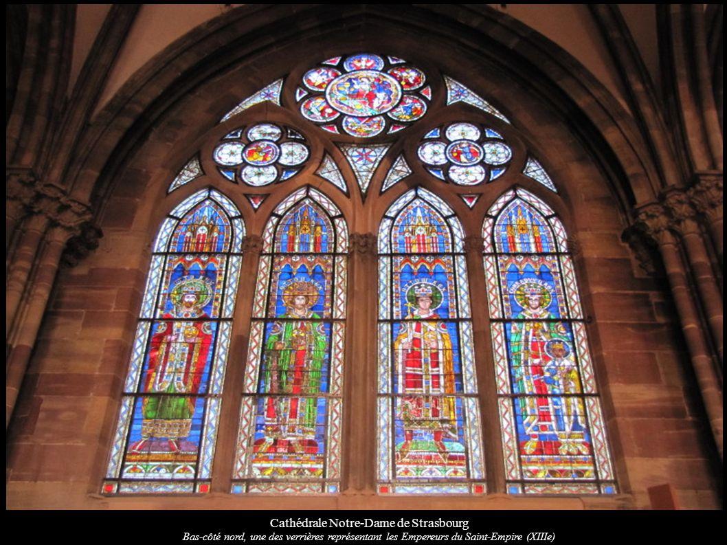 Cathédrale Notre-Dame de Strasbourg Bas-côté nord, une des verrières représentant les Empereurs du Saint-Empire (XIIIe)