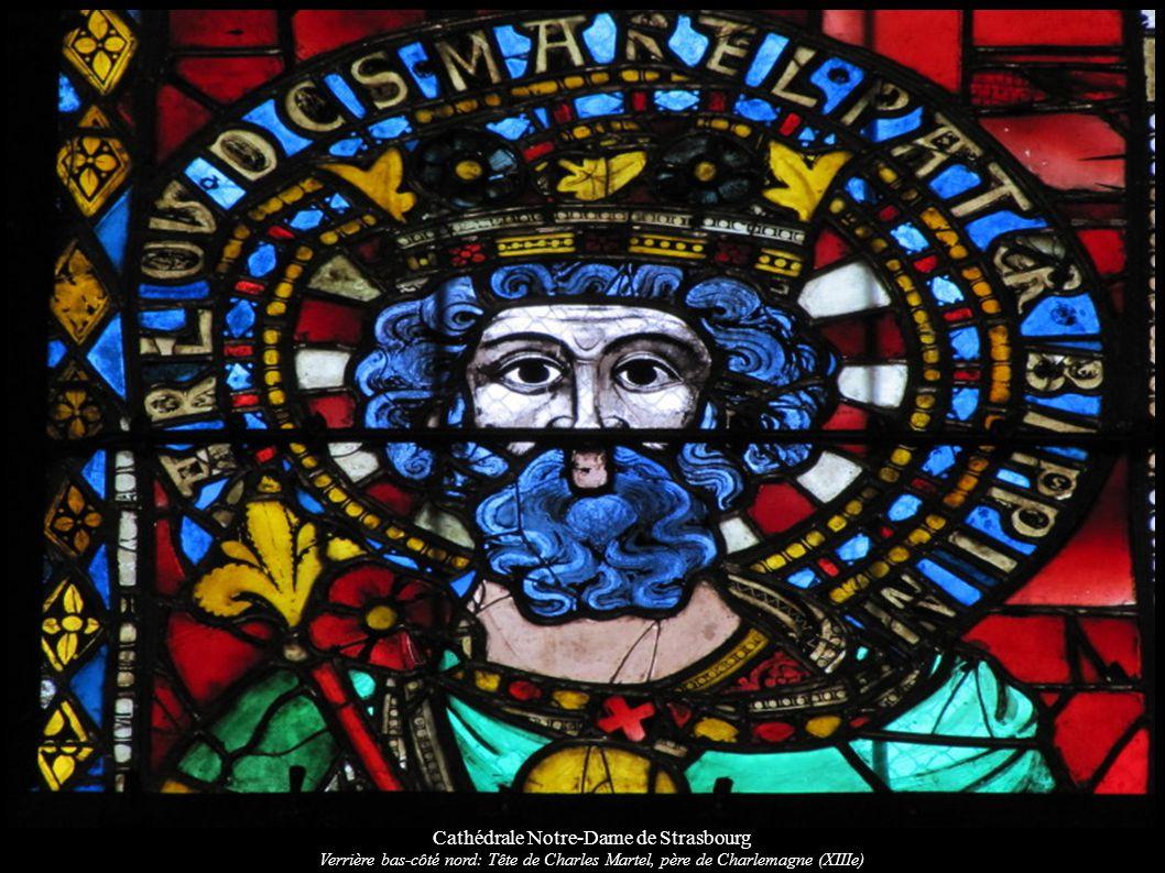 Cathédrale Notre-Dame de Strasbourg Verrière bas-côté nord: Tête de Charles Martel, père de Charlemagne (XIIIe)