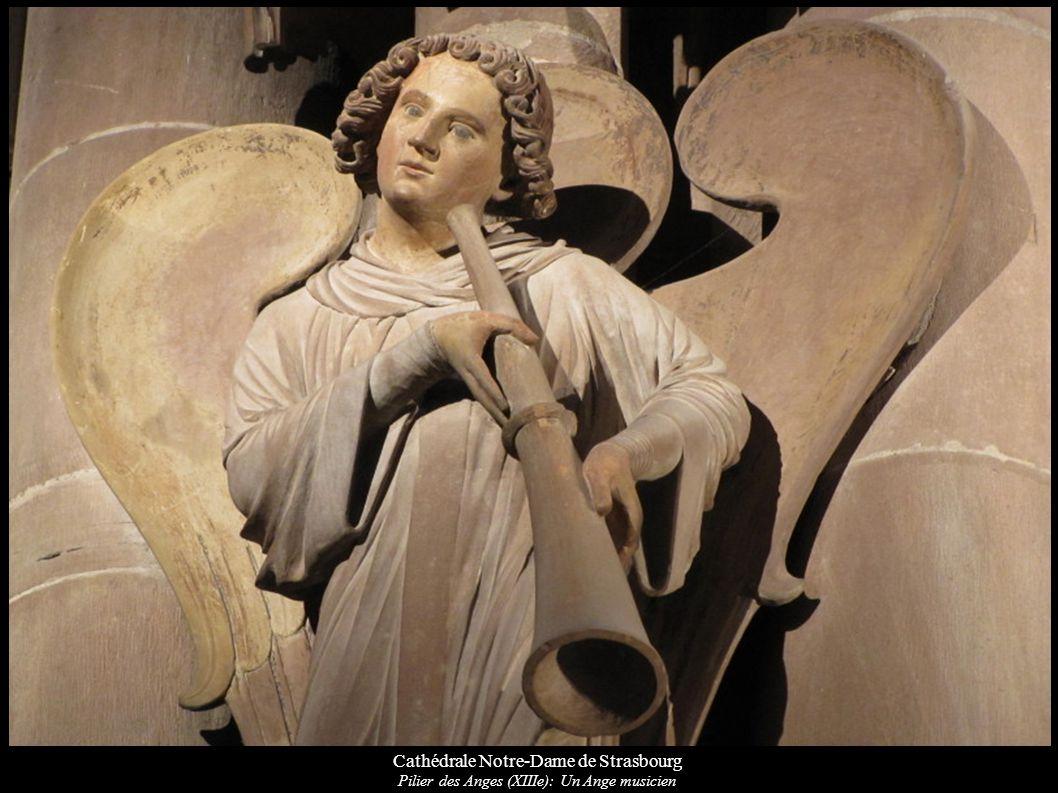 Cathédrale Notre-Dame de Strasbourg Pilier des Anges (XIIIe): Un Ange musicien