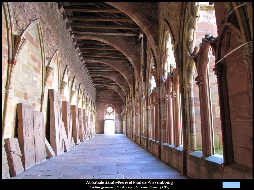 Abbatiale Saints-Pierre et Paul de Wissembourg Cloître gothique de l'Abbaye des Bénédictins (XIVe)