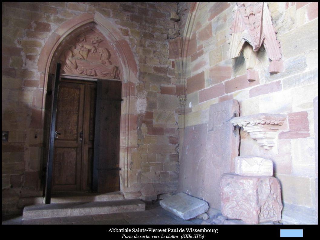 Abbatiale Saints-Pierre et Paul de Wissembourg Porte de sortie vers le cloître (XIIIe-XIVe)