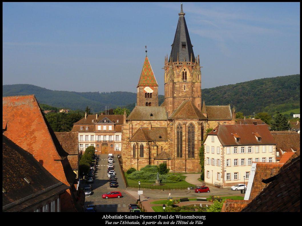 Abbatiale Saints-Pierre et Paul de Wissembourg Façade sud-est avec tour de croisée et chevet gothiques Liens vers: Wikipédia Wikimedia Base Mérimée