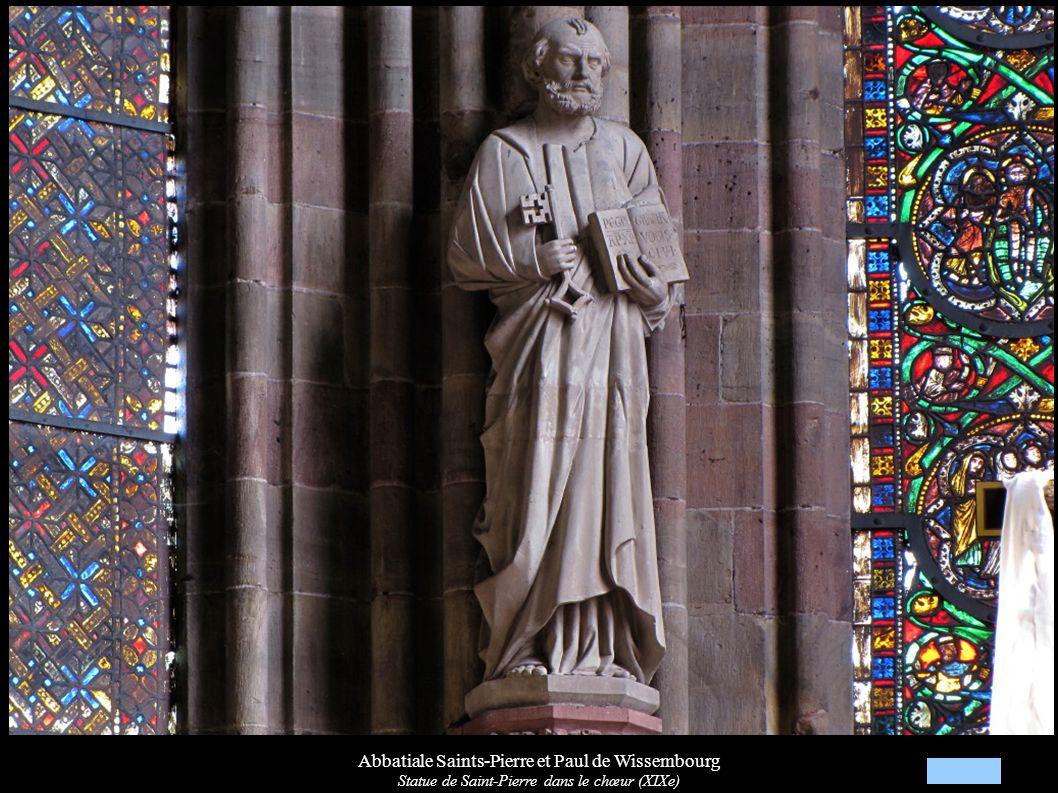 Abbatiale Saints-Pierre et Paul de Wissembourg Statue de Saint-Pierre dans le chœur (XIXe)