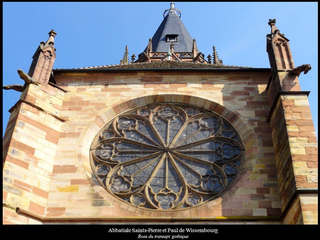 Abbatiale Saints-Pierre et Paul de Wissembourg Rose du transept gothique