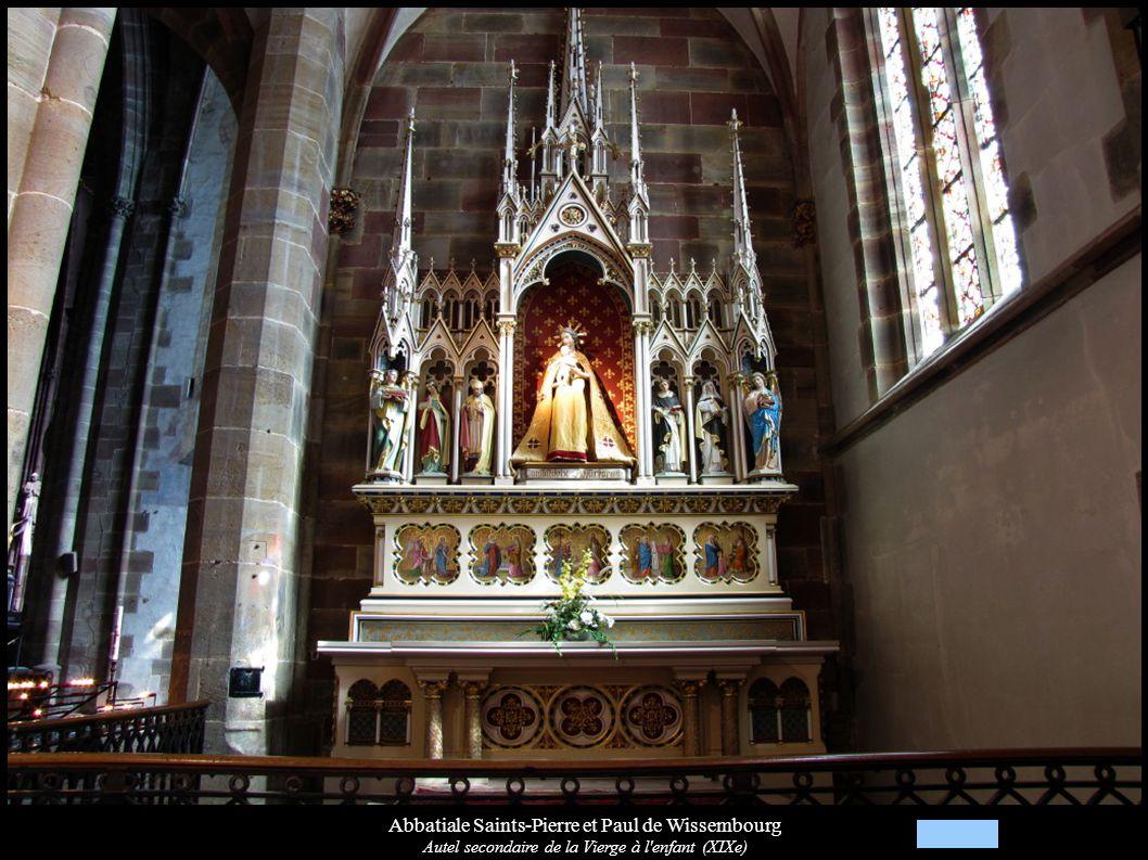 Abbatiale Saints-Pierre et Paul de Wissembourg Autel secondaire de la Vierge à l'enfant (XIXe)