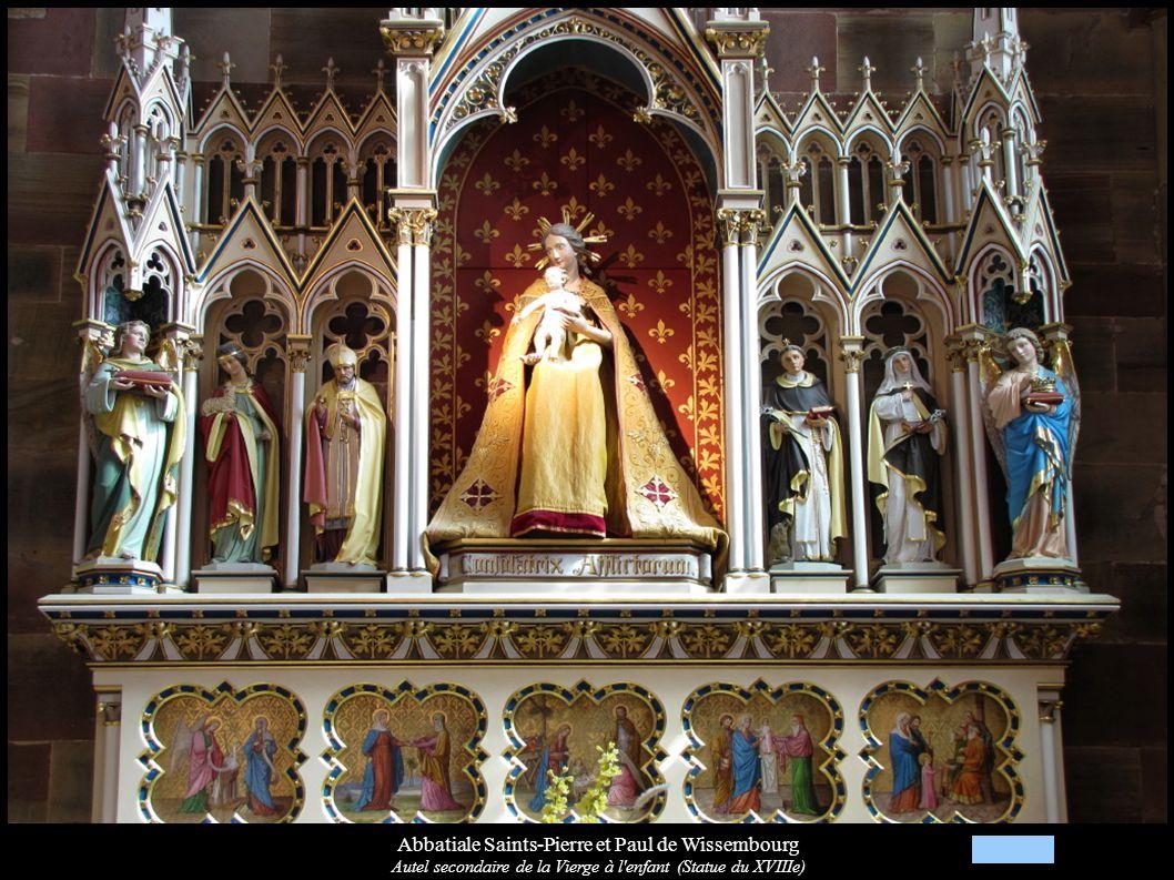 Abbatiale Saints-Pierre et Paul de Wissembourg Autel secondaire de la Vierge à l'enfant (Statue du XVIIIe)