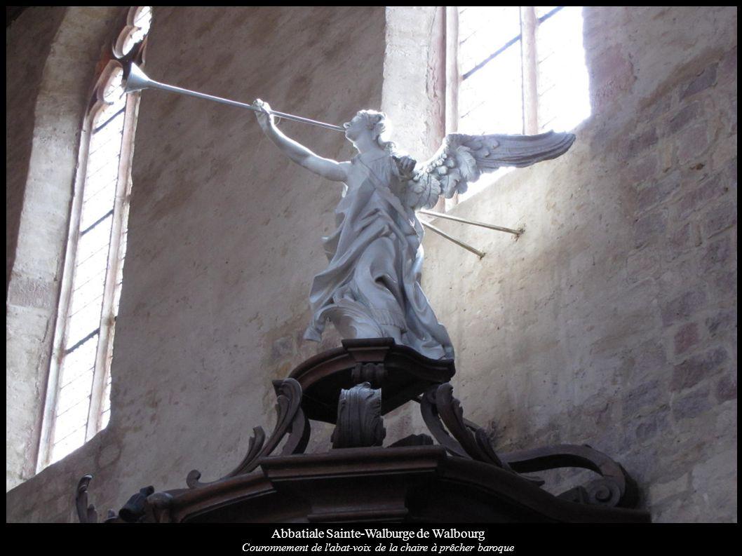 Abbatiale Sainte-Walburge de Walbourg Couronnement de l'abat-voix de la chaire à prêcher baroque