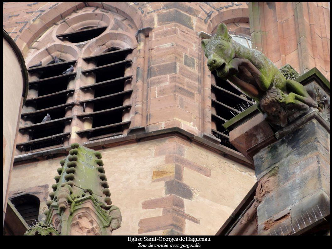 Eglise Saint-Georges de Haguenau Tour de croisée avec gargouille