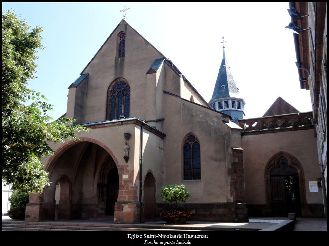 Eglise Saint-Nicolas de Haguenau Porche et porte latérale