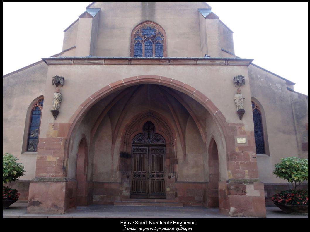 Eglise Saint-Nicolas de Haguenau Porche et portail principal gothique