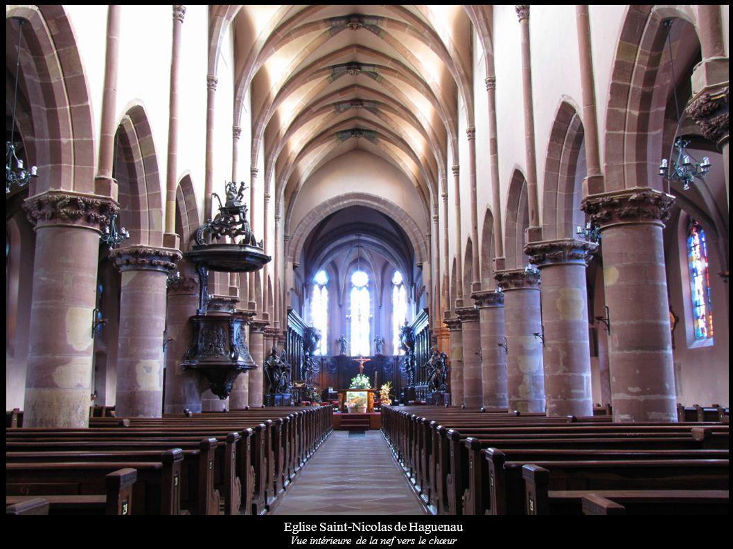 Eglise Saint-Nicolas de Haguenau Vue intérieure de la nef vers le chœur
