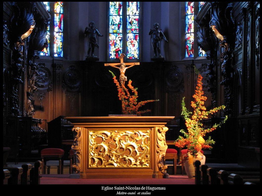 Eglise Saint-Nicolas de Haguenau Maître-autel et stalles